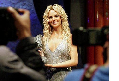 Forbes назвал самых высокооплачиваемых певиц 2012 года