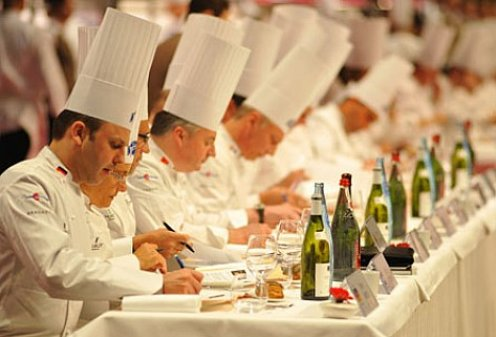 Краснодарские повара завоевали «серебро» на международном фестивале кулинарного искусства.