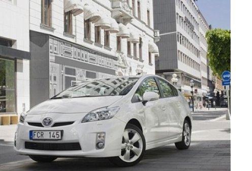 Toyota создала систему помощи при парковке