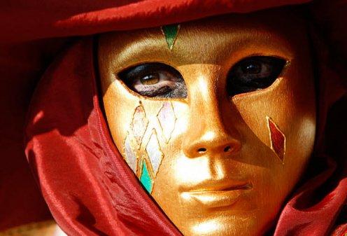 В Италии сегодня начинается знаменитый карнавал в Венеции